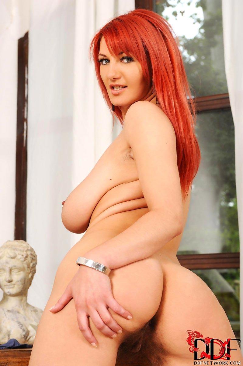 nude columbian girls pics