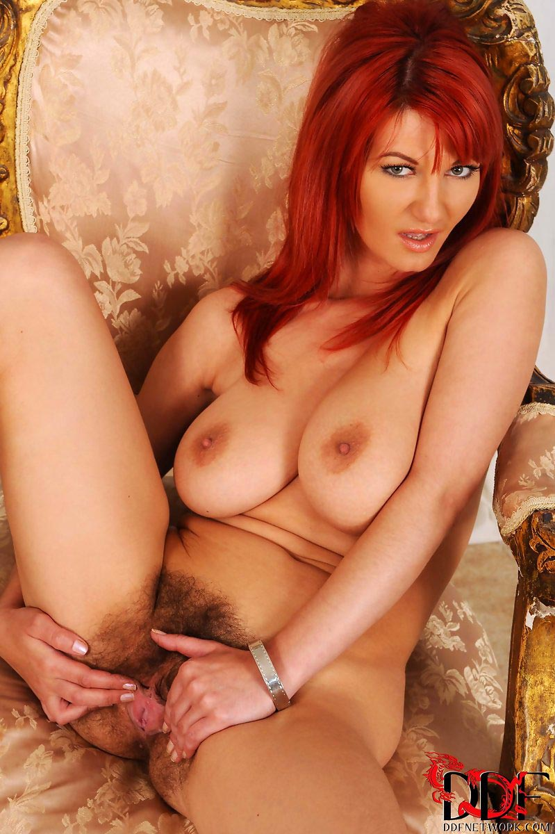 Redhead head in heat